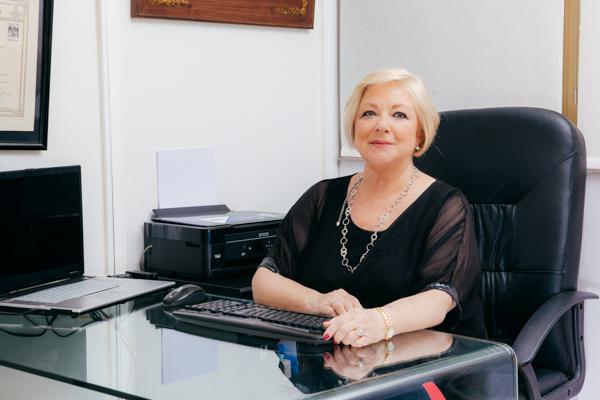 Contacta con la Dra. Ruano Medicina Estética Madrid